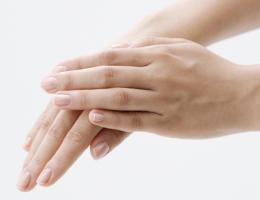 手湿疹(てしっしん)